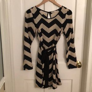 EUC Ezra Chevron Dress